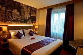 92734_007_Guestroom