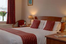 claydon-country-house-hotel-bedrooms-18-83676