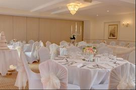 claydon-country-house-hotel-wedding-events-31-83676