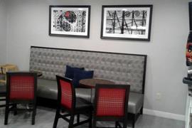 36135_006_Restaurant