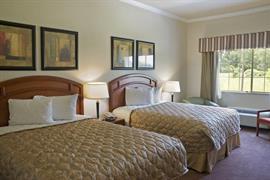 44589_006_Guestroom