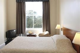 clifton-hotel-bedrooms-06-83677