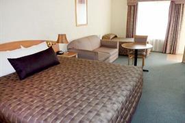 90543_002_Guestroom