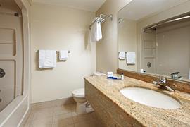 66046_006_Guestroom