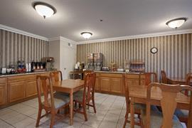 05690_004_Restaurant