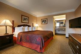 18063_005_Guestroom
