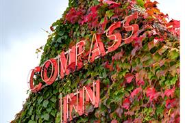 compass-inn-grounds-and-hotel-49-83340-OP