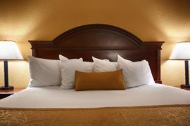 16096_006_Guestroom