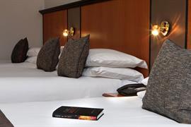 corona-bedrooms-12-83799