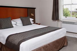 corona-bedrooms-05-83799