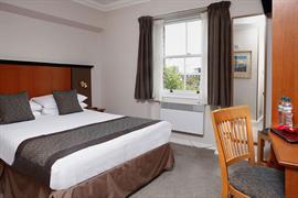 corona-bedrooms-06-83799
