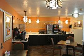 38111_005_Restaurant