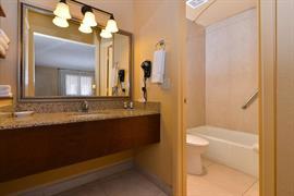 03102_006_Guestroom
