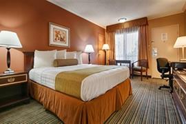 05364_003_Guestroom