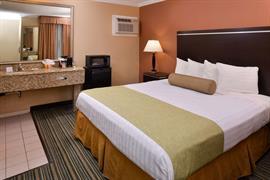 05364_005_Guestroom