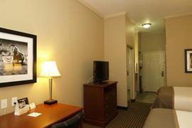 44656_003_Guestroom
