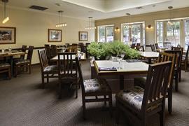 62068_004_Restaurant