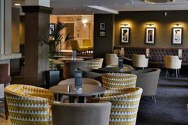 cresta-court-hotel-dining-24-83373