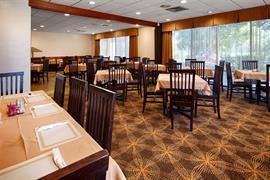 10184_004_Restaurant