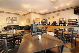 15067_004_Restaurant