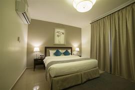 76924_002_Guestroom