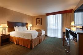 05215_006_Guestroom