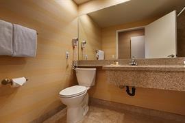 05215_007_Guestroom