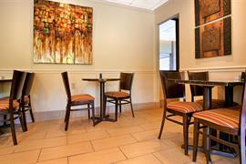 43120_005_Restaurant
