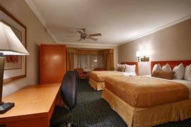 05345_007_Guestroom