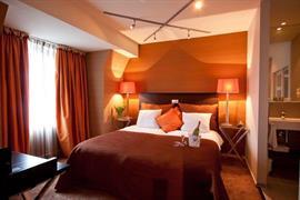 92591_004_Guestroom
