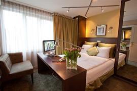 92591_007_Guestroom