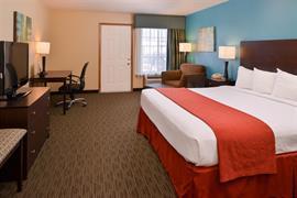 14119_002_Guestroom