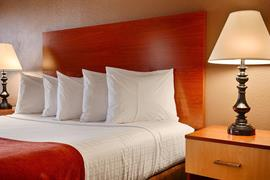 32076_003_Guestroom
