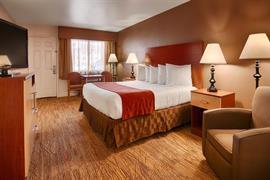 32076_004_Guestroom