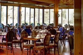 dolphin-hotel-dining-12-84229