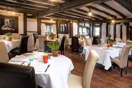 donnington-manor-hotel-dining-04-83641