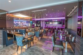 66081_007_Restaurant