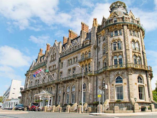 duke-of-cornwall-hotel-grounds-and-hotel-54-83315