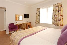 invercarse-hotel-bedrooms-57-83440