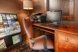06044_004_Businesscenter