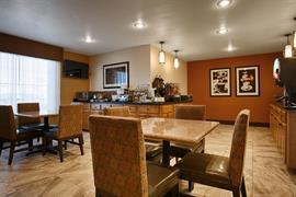 44697_002_Restaurant