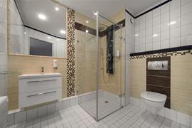 81037_005_Guestroom
