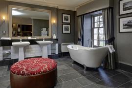 eglinton-arms-hotel-bedrooms-33-83533