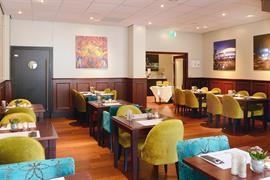 92735_005_Restaurant
