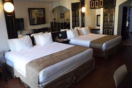 70102_003_Guestroom