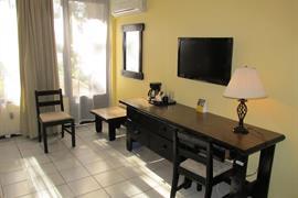 70606_003_Guestroom