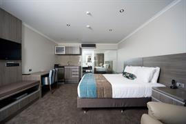 85451_006_Guestroom