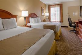 47089_005_Guestroom