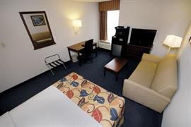 07016_006_Guestroom
