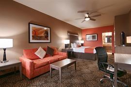 44484_006_Guestroom